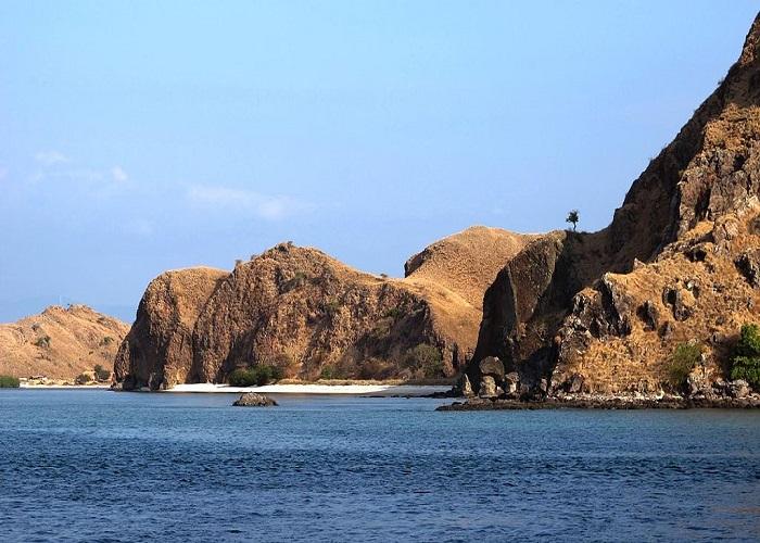 Ostrov Komodo a jeho drak