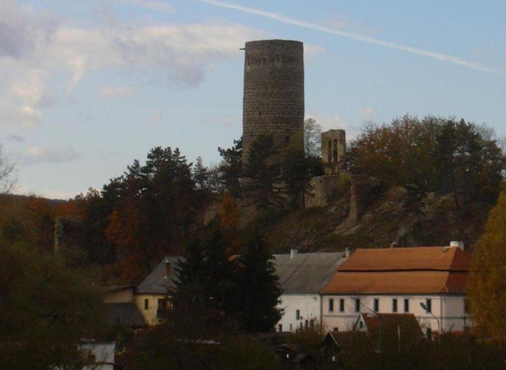 Nejstarší šlechtický hrad Žebrák