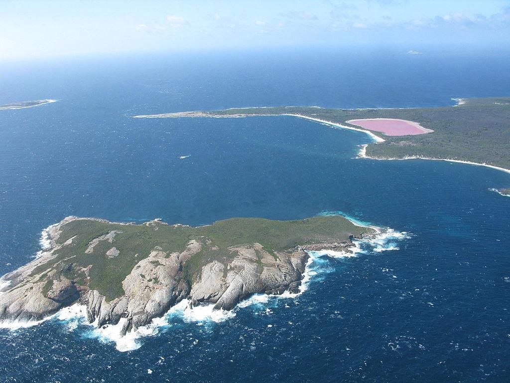 V Austrálii mají unikátní růžové jezero