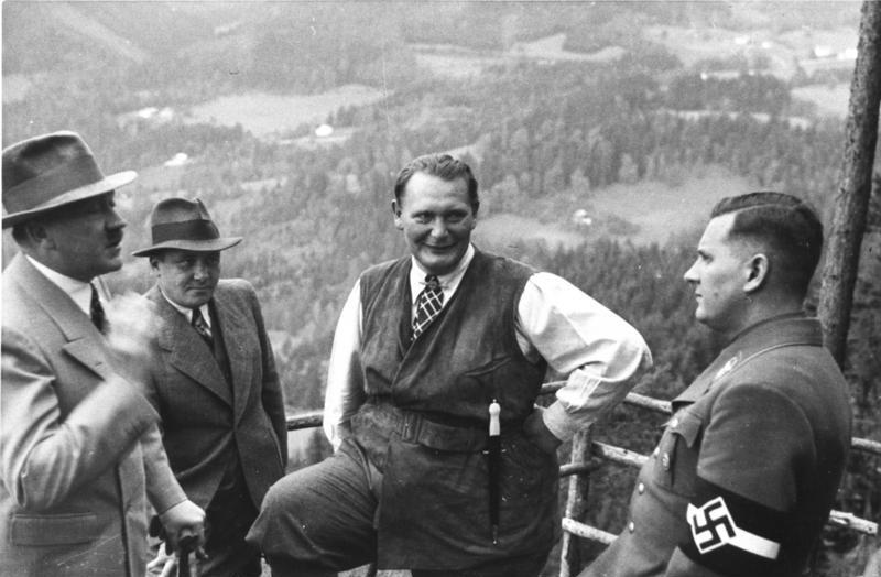 Hitlerův tajemník Martin Bormann