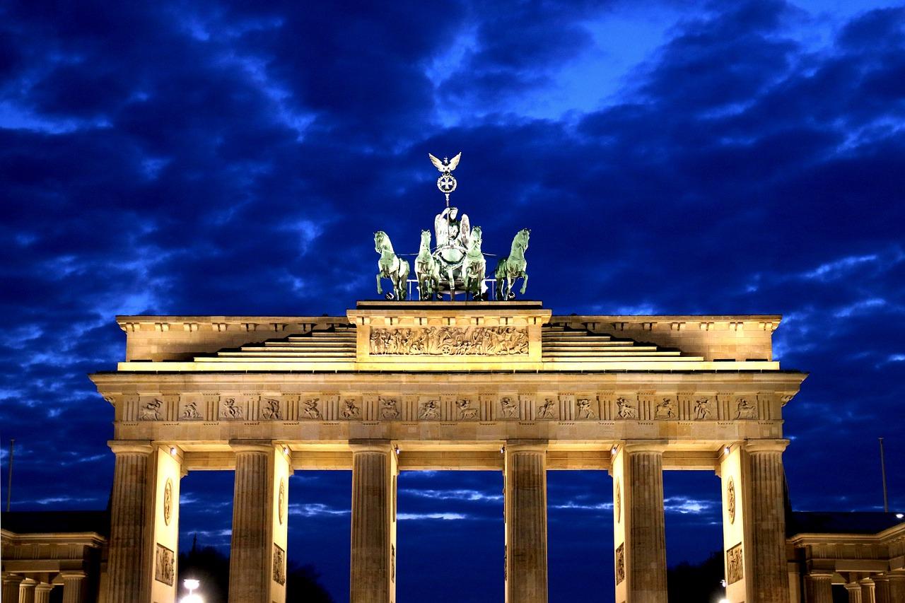 Slavná berlínská Braniborská brána