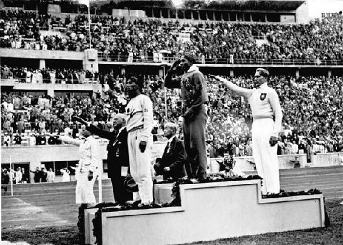 Jesse Owens, atlet, který znechutil Hitlera