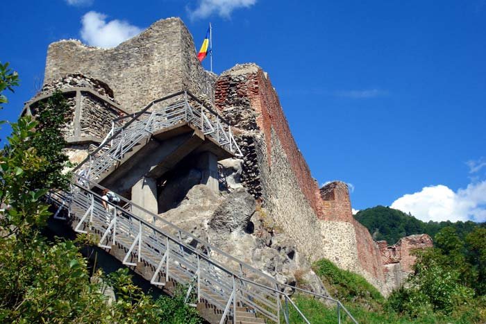 zřícenina hradu Poenari