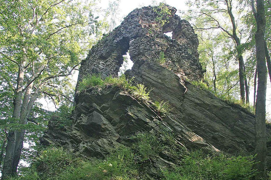 Hamrštejn, jedna z nejohroženějších českých památek