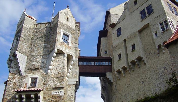Často navštěvovaný hrad Pernštejn