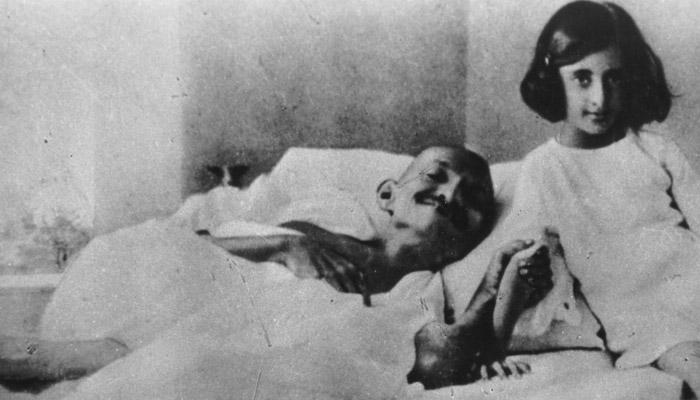 Indira Gándhíová zemřela rukou své ochranky