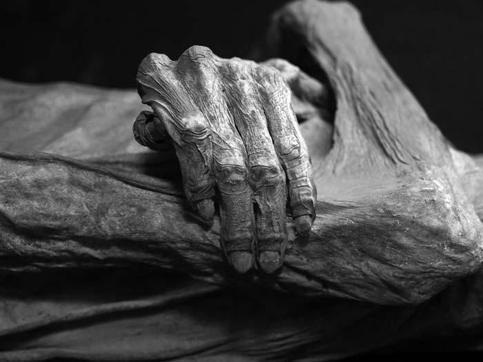 Kabayanské jeskyně s ohňovými mumiemi