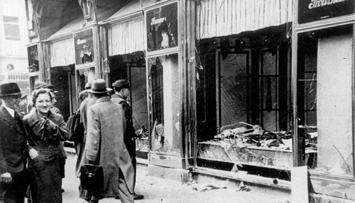Křišťálová noc otevřela cestu holocaustu
