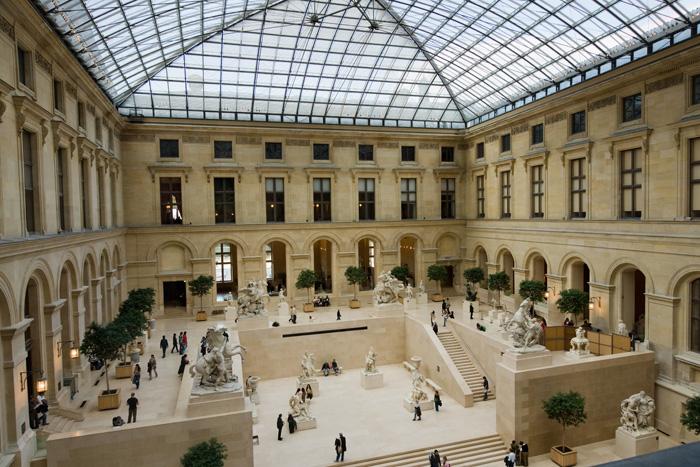 Louvre, to není jen Mona Lisa