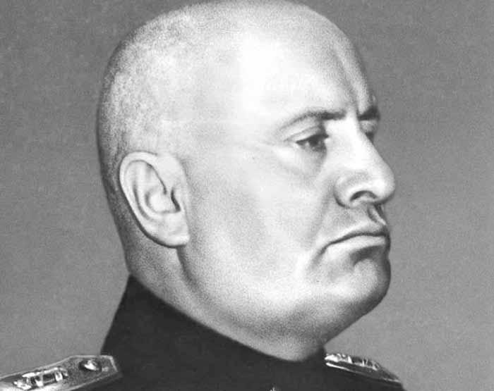 První nezdařený atentát na Mussoliniho