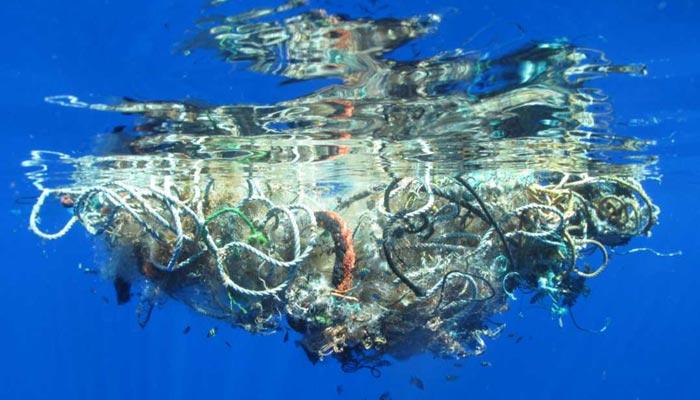 Skvrna z odpadků v Pacifiku je větší než Francie