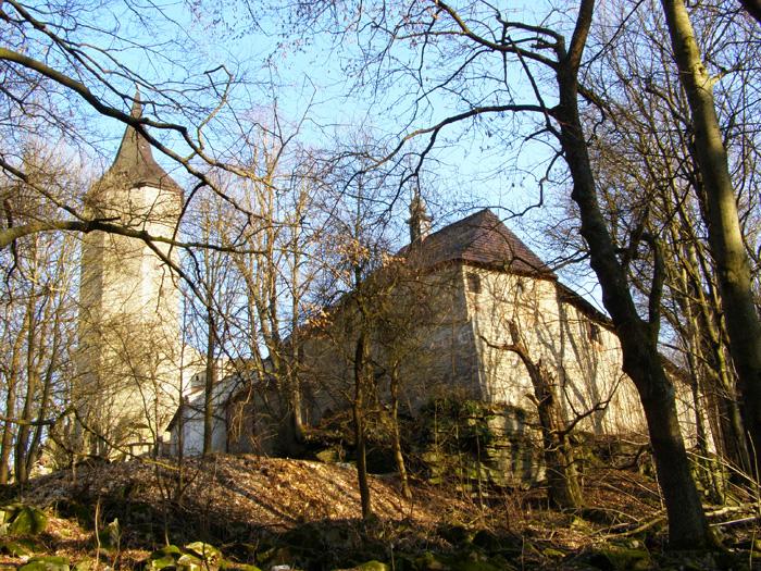 Z hradu Roštejn lze dohlédnout daleko