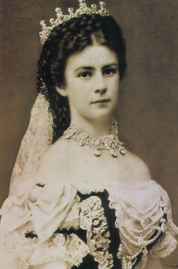 Tragická smrt krásné císařovny Sissi