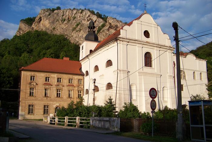 Svatý Jan pod Skalou perla Českého krasu