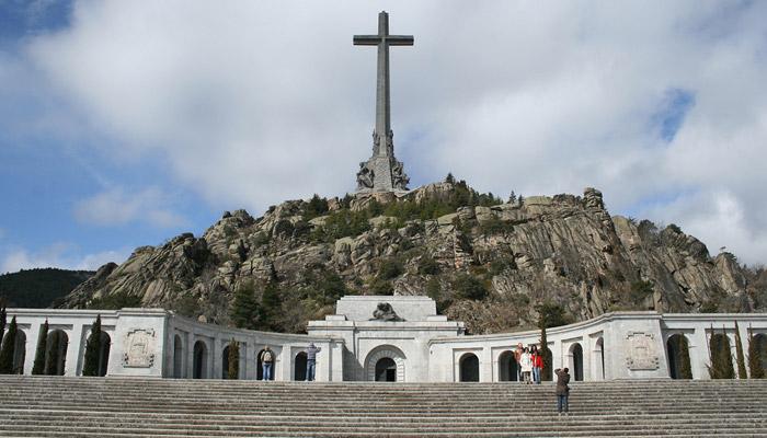 Údolí padlých: připomínka krutosti generála Franca