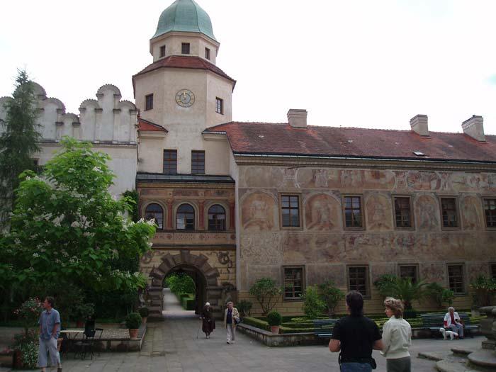 Malebný zámek v Častolovicích