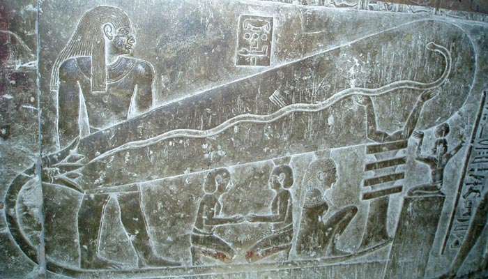 Svítili ve starověkém Egyptě žárovkami?